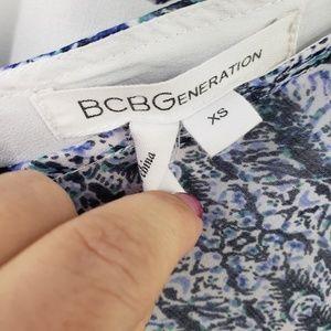 BCBGeneration Tops - Bcbgeneration Blue White Chiffon Batwing Blouse